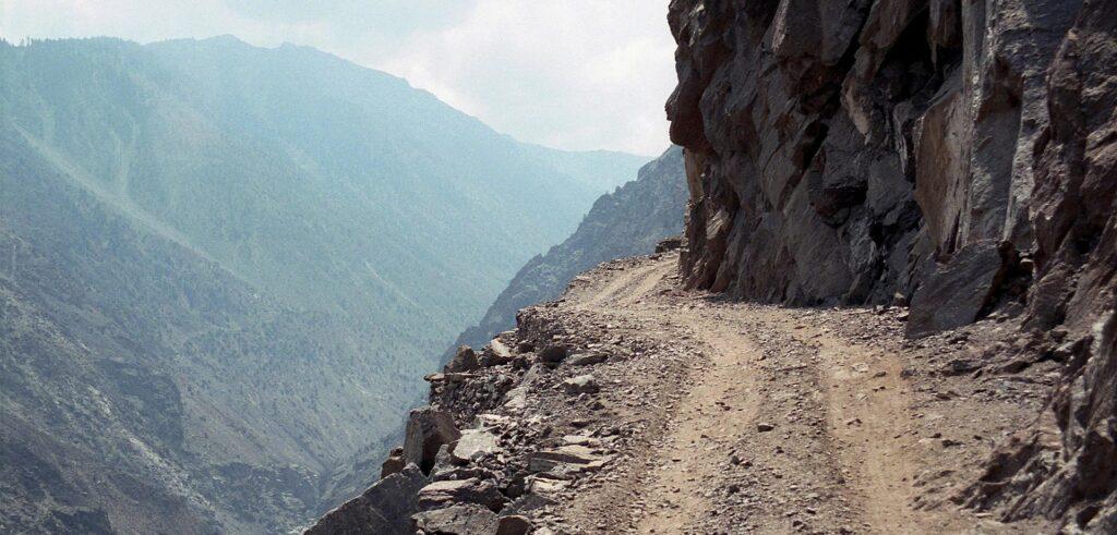 Dünyanın En Tehlikeli Yolları-1.Sıra Türkiye'den